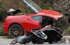 TAPOUT Charles Mask Lewis Ferrari CRASH Pictures | CarZi