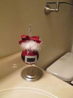 don t throw away old light bulbs turn them into christmas ornaments, christmas decorations, crafts, seasonal holiday decor