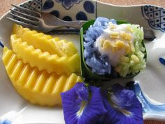 Mango sticky rice from Thailand! #Thailand #Food #Dessert