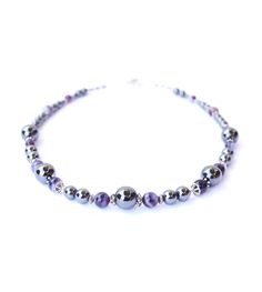 """Necklace with hematite and agate from Collection """"Fenja"""" by Ostfriesenkind"""