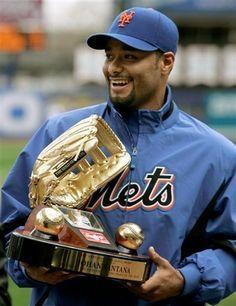 Johan Santana - New York Mets Ny Mets, New York Mets, Mlb, Lets Go Mets, Baseball League, Baseball Cards, Glove, Sports, Memories