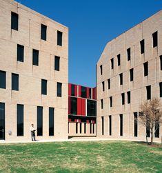 Gallery - St Edward's University New Residence and Dining Hall / Alejandro Aravena - 38