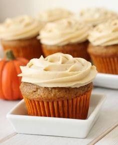 Texanerin Baking: 100% Whole Grain Pumpkin Cupcakes