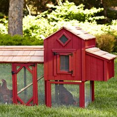 Suffolks Large Chicken Coop, Red