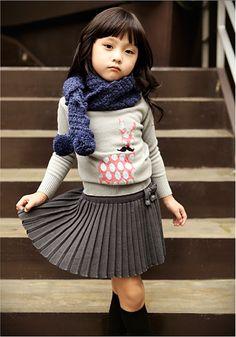 Kidsfashion | streetstyle | kindermode | plaid skirt love | winter 2013