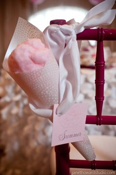 cotton candy place cards!