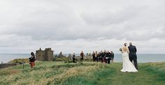 I have the lucky jobof looking at photos every daythat makemy heart beat a bit faster. But these images right here from Laura Gordon? They did even more than that; they left me utterly speechless. Overlooking the fields of Scotland, atop a cliff,vows were recited in front offriends and family, the castles in the background […]