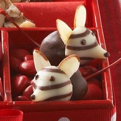 Christmas mice.. Chocolate covered cherries,kisses and almond ears and so cute.