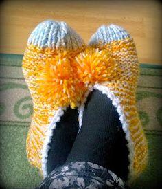 Arkimamman Arkiralli: Isomummilta liuta jämälankatossuja Crochet Socks, Crochet Stitches, Knit Crochet, Loom Knitting, Knitting Socks, Knitting Patterns, Knitting Projects, Crochet Projects, Art Boots