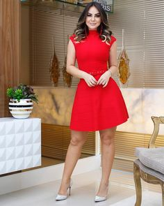 Glam Dresses, Nice Dresses, Casual Dresses, Short Dresses, Business Professional Outfits, Sexy Legs And Heels, Girl Model, Cool Girl, Evening Dresses