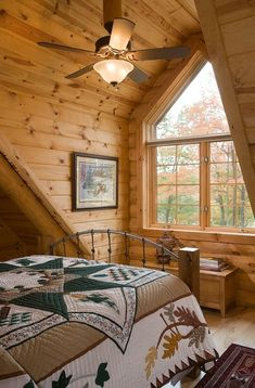 48 Cottage Bedroom For Starting Your Home Improvement interiors homedecor interiordesign homedecortips Log Cabin Living, Log Cabin Homes, Home And Living, Log Cabins, Rustic Cabins, Log Home Decorating, Timber House, Cabin Interiors, Cabins And Cottages