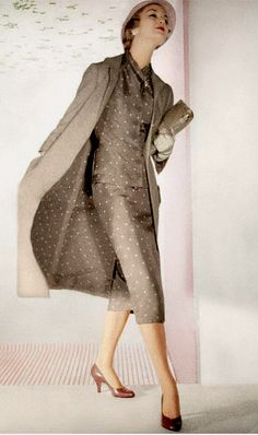1955 Jean Patchett in polka-dot silk shantung suit worn under coat lined in same fabric, photo by Horst, Vogue