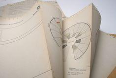 Creative Studio – O you my wonderful Utopia Creative Studio, The Dunwich Horror, Webdesign Inspiration, Concertina Book, Print Design, Web Design, Publication Design, Information Design, Graphic Design Layouts