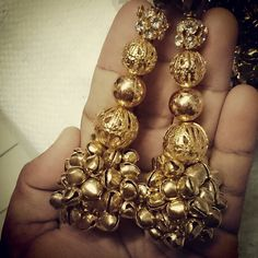 Golden latkans Thread Jewellery, Beaded Jewelry, Belly Dance Belt, Wedding Lehnga, Rakhi Design, Saree Tassels, Passementerie, Silk Thread, Saree Blouse Designs