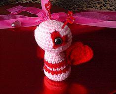 Free Ravelry Crochet Pattern: Love Bug Amigurumi pattern by Heliinä Swerdlyk...so adorable!