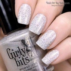 Nail Art by Belegwen: Girly Bits Snafu
