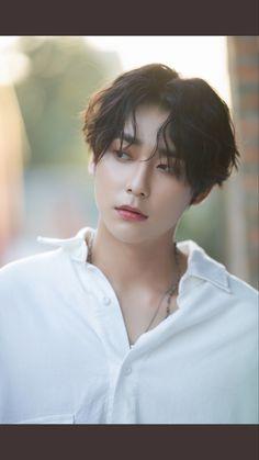 The Liar And His Lover Kdrama, Crude Play, Kim Song, Stray Kids Chan, Korean Drama Movies, Yuehua Entertainment, Korean Bands, Asian Actors, Hair Inspo