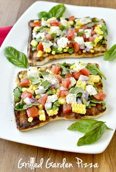 Forget brats and burgers, try making this Summer Garden Pizza on the grill! Read the full post on Delish Dish: http://www.bhg.com/blogs/delish-dish/2013/07/17/get-grilling-summer-garden-pizza/?socsrc=bhgpin071713gardenpizza