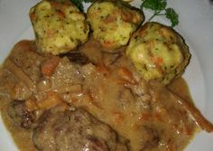 Vadas marhaszelet zsemlegombóccal recept foto Food And Drink, Beef, Chicken, Recipes, Main Courses, Romanian Recipes, Main Dishes, Entrees, Food Recipes