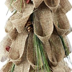 decorating with burlap christmas | decorating with burlap christmas - Bing Images | Crafts #Christmas #thanksgiving #Holiday #quote