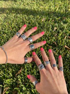 Nail Jewelry, Cute Jewelry, Jewelry Rings, Jewelry Accessories, Funky Jewelry, Trendy Jewelry, Jewlery, Grunge Jewelry, Hippie Jewelry