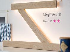 DIY : Lampe zigzag LED Deco Zen, Kids Lamps, Lampe Led, Zig Zag, Light Fixtures, Shelves, Pilates, Home Decor, Christmas Tabletop