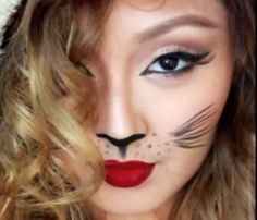 Love this cat eye look. Still can't manage to do it.