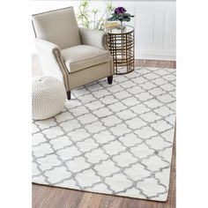 nuLOOM Contemporary Trellis Viscose White/ Grey Fancy Rug (5' x 8') - Overstock Shopping - Great Deals on Nuloom 5x8 - 6x9 Rugs