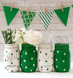 St Patrick Day Decor - Kelly Green Mason Jar - Shamrock Mason Jars - Painted Distressed Mason Jars