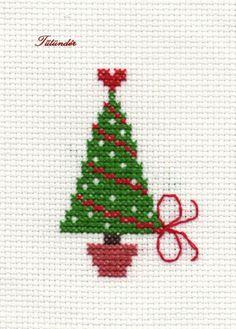 Fenyő - de vizitat punto croce natalizio, ricamo и punto croce. Cross Stitch Christmas Cards, Xmas Cross Stitch, Cross Stitch Cards, Christmas Cross, Cross Stitching, Cross Stitch Embroidery, Cross Stitch Designs, Cross Stitch Patterns, Crochet Cross