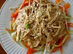 I like this whole site of cheap, easy raw food recipes! This Pad Thai looks delicious. .