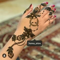 20 Ideas Tattoo Rose Girl Makeup For 2019 Floral Henna Designs, Finger Henna Designs, Henna Art Designs, Mehndi Designs For Girls, Mehndi Designs 2018, Mehndi Designs For Beginners, Stylish Mehndi Designs, Mehndi Designs For Fingers, Mehndi Design Pictures