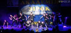 До Дня студента нагородили переможців «Молодіжного рингу» (ФОТО) | Вголос.zt