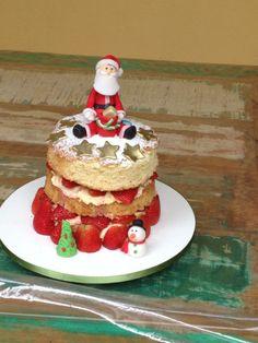 Naked Cake! Papai Noel!