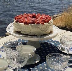my spotify is linked <3 Italian Summer, European Summer, Birthday Cake Decorating, Summer Picnic, Cute Cakes, Aesthetic Food, Summer Aesthetic, Cute Food, Yummy Food