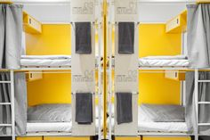 Flow Hostel in Budapest designed by PRTZN Architecture office has heightened the traveler experience with their simple yet colorful design interpretation. Bunk Rooms, Bunk Beds, Play Rooms, Kids Rooms, Boy And Girl Shared Bedroom, Dormitory Room, Hostels, Sleeping Pods, Dorm Design