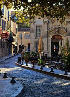 Avignon, France - calles estrechas