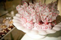 Bem casados embalados com tecido floral - perfeito para casamentos no campo