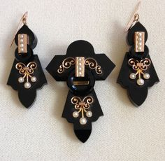 Victorian 14k Rose Gold, Onyx And Seed Pearl Pendant/Brooch And Earrings   c.1870-1880