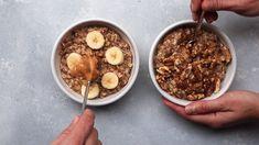 cinnamon banana oatmeal - 2 ways! - - cinnamon banana oatmeal - 2 ways! Fast Healthy Breakfast, Healthy Snacks, Snack Recipes, Cooking Recipes, Freezer Recipes, Freezer Cooking, Drink Recipes, Cooking Tips, Snacks Saludables
