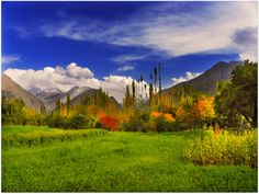 Pakistan has very beautiful places! When it comes to breathtaking landscapes and mind-blowing sceneries, Pakistan is absolutely matchless. Karakorum Highway, Hunza Valley, Pakistan Travel, Gilgit Baltistan, Mountain Landscape, My Collection, Nature Photos, Beautiful Places, National Parks