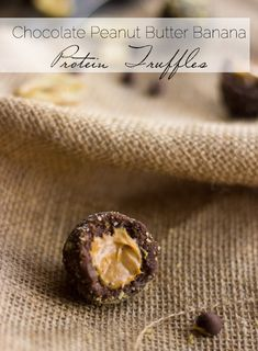 Chocolate Peanut Butter Banana Protein Truffles - Easy, protein packed and..peanut butter. DO IT. | Foodfaithfitness.com | #healthysnack #recipe #peanutbutter