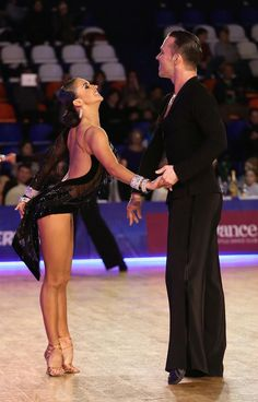 Anna And Andrey. Her feet and hips and attitude! She is happy! Most important thing you need for a performance :)