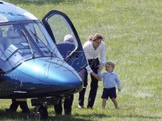 June 12, 2015 - Prince George with his nanny saying goodbye to uncle Harry. XPOSURE_PRINCE_GEORGE_EX-41.jpg