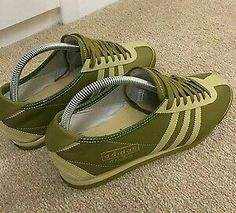 Beautiful adidas Italia II finished in Sage Green/Light Moss in a classic mod bowling shoe design