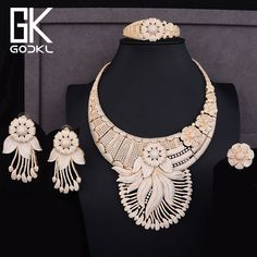 GODKI Luxury Tassels Flower Cubic Zirconia Nigerian Jewelry sets For Women Dubai Bridal jewelry sets indian Beads Jewelry Sets Bridesmaid Jewelry Sets, Wedding Jewelry Sets, Wedding Dress Accessories, Bridal Ring Sets, Flower Fashion, Indian Jewelry, Jewelry Collection, Jewelry Design, Dubai