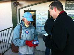 #Cubs Chairman Tom Ricketts speaks with Carole, the first fan to buy tickets at Wrigley Field this morning (March 9, 2012).  from @cubs