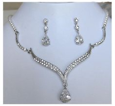 Hey, I found this really awesome Etsy listing at https://www.etsy.com/listing/74529540/bride-bridesmaids-rhinestone-pearl