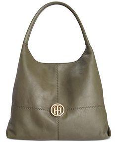 e244b519ec25 8 Popular Purses images | Crossbody bag, Leather shoulder bag, Cross ...