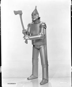 Robot — Cadavre exquisThe Tin Man / Jack Haley in The Wizard of Oz, directed by Victor Fleming, photographed by Clarence Sinclair Bull, 1939 tag: robotFull serie Metro Goldwyn Mayer, Golden Age Of Hollywood, Vintage Hollywood, Wizard Of Oz Cast, Wizard Oz, Jack Haley, Tin Can Art, Land Of Oz, Old Movie Stars